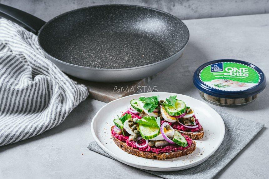 Skandinaviški sumuštiniai su burokėliais ir silke