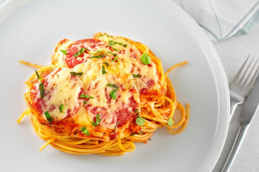 Vištiena pomidorų padaže