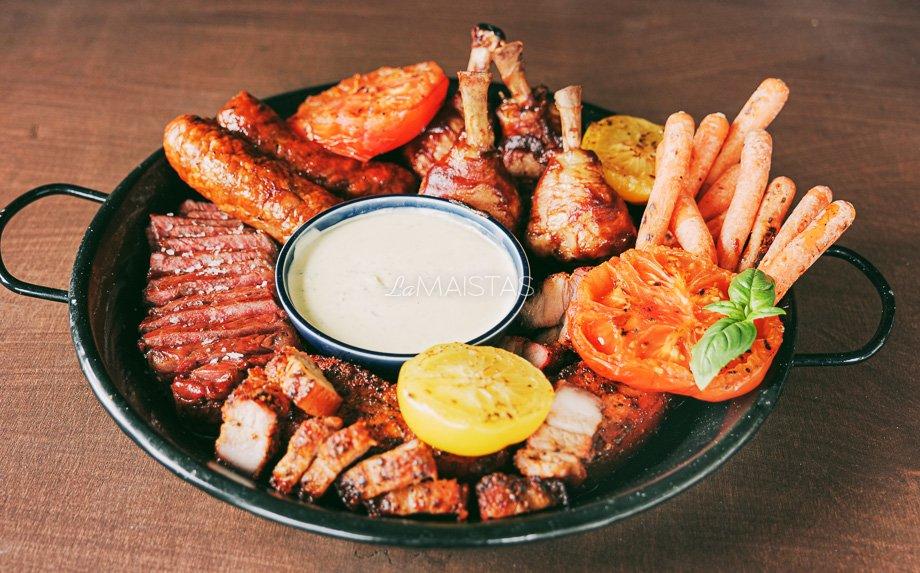 Grill mėsos asorti