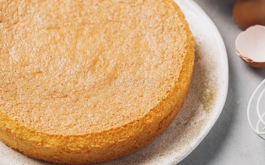 Lengviausias biskvitas tortui
