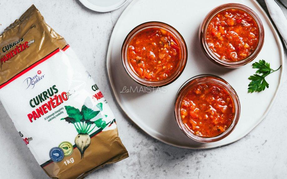 Naminis pomidorų padažas žiemai