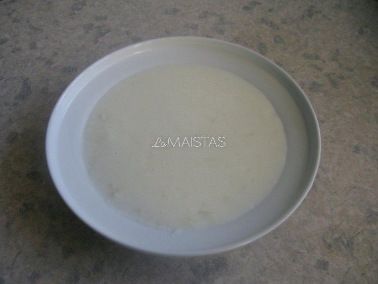 Pieniška močiutės sriuba