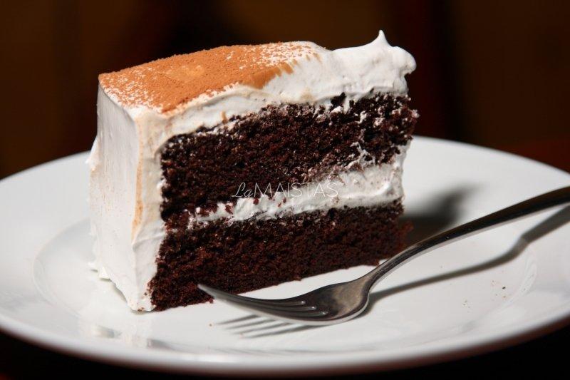 """Labai šokoladinis tortas """"Velnio Maistas"""" (Devil's Food Cake)"""