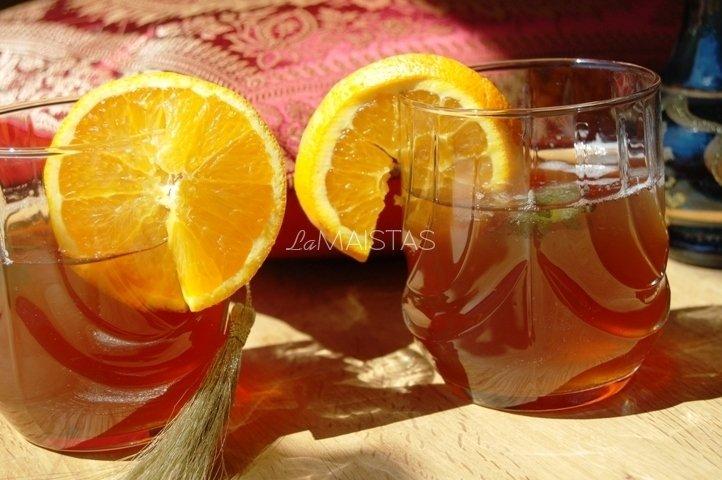 """Juodosios arbatos gėrimas su prieskoniais """"Afrika"""""""