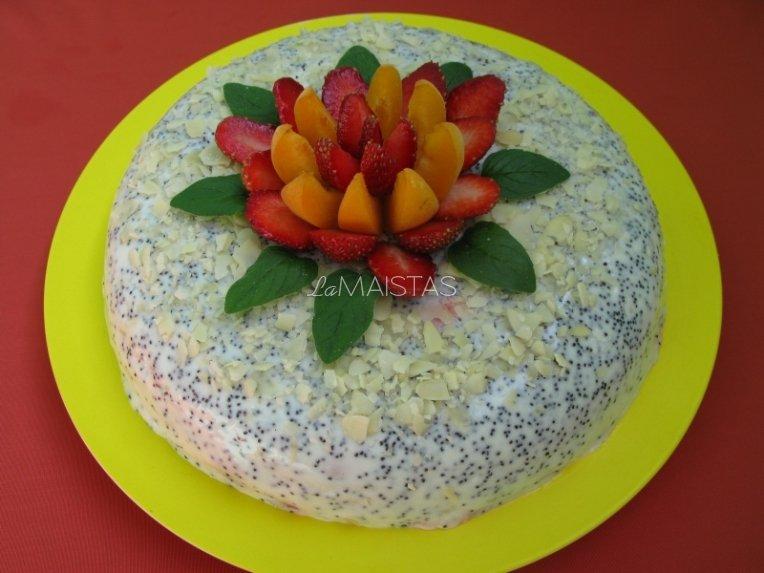 """Gaivus ir greitas jogurtinis tortas """"Raudonoji gėlelė'"""""""