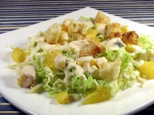 Pekino salotos su sūriu