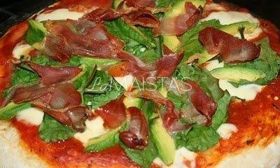 Pica su avokadu