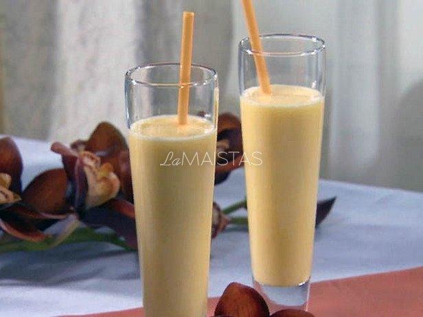 Alkoholinis pieno kokteilis