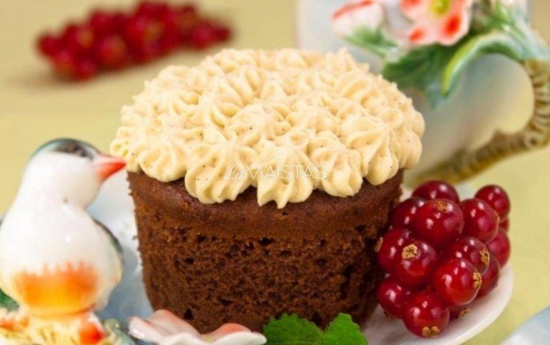 Šokoladinis pyragas su kremu