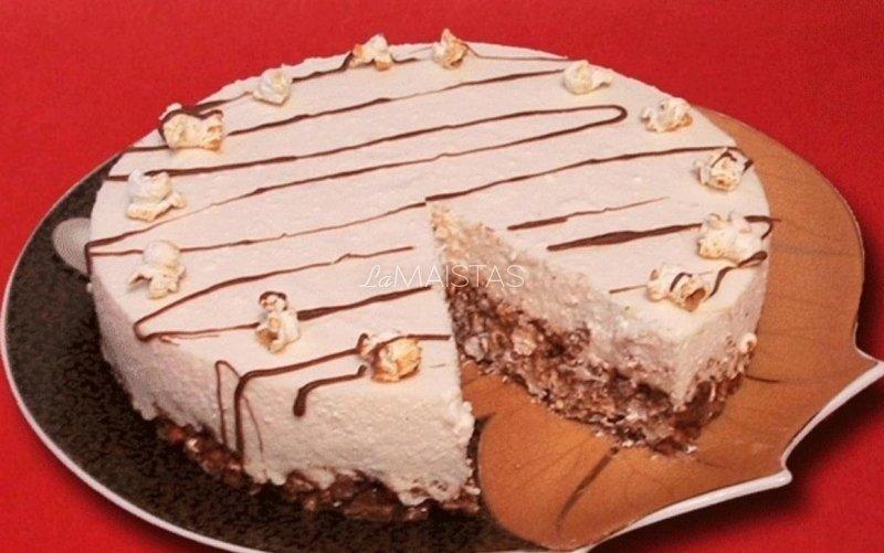 Nekeptas varškės tortas su šokoladiniu kukurūzų dribsniu pagrindu