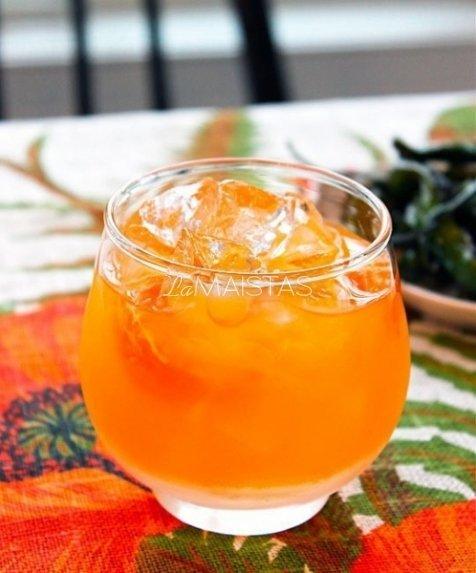 "Degtinės kokteilis ""Clementine"""