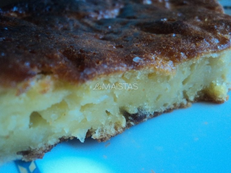 Citrininis tarkuotų obuolių pyragas