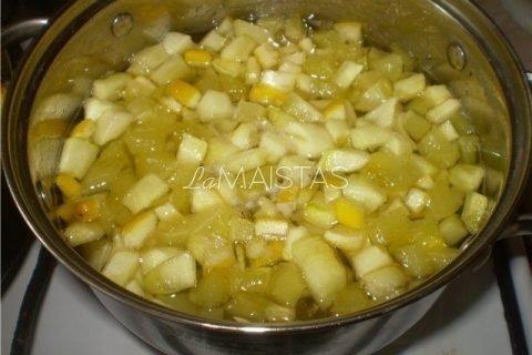 Cukinijų ananasai