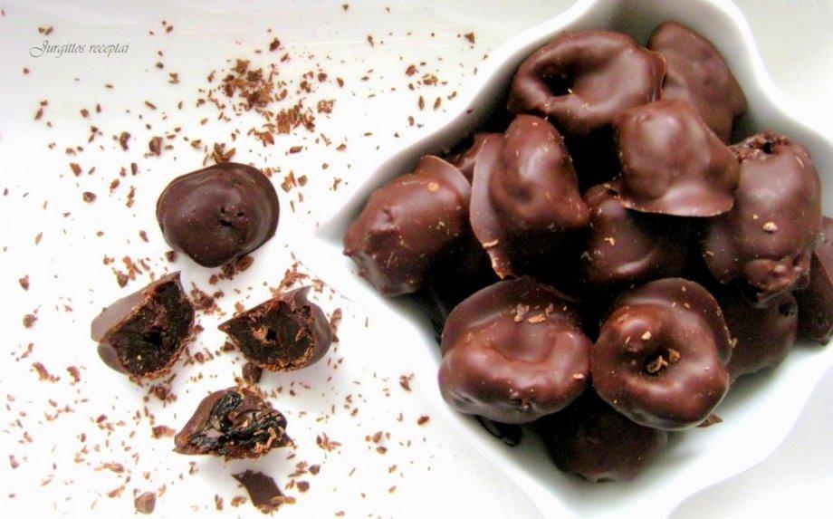 """Saldainiai """"Slyvos šokolade"""""""