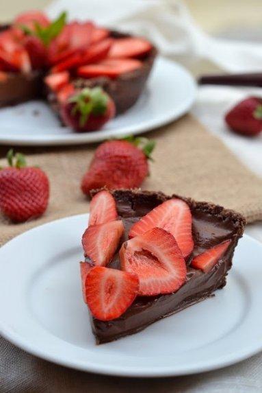 Veganiška šokoladinė tarta