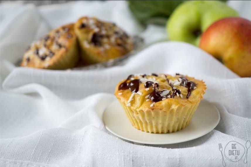 Sveiki obuolių ir varškės keksiukai be cukraus