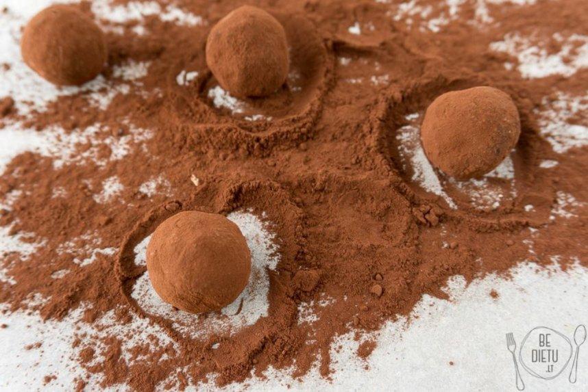 Tobulieji šokolado ir maskarponės triufeliai