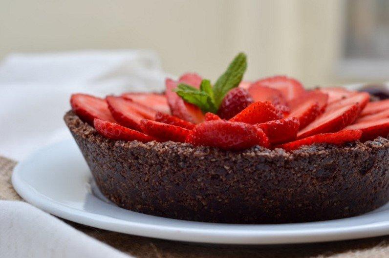 Veganiškas šokoladinis pyragas be miltų pieno