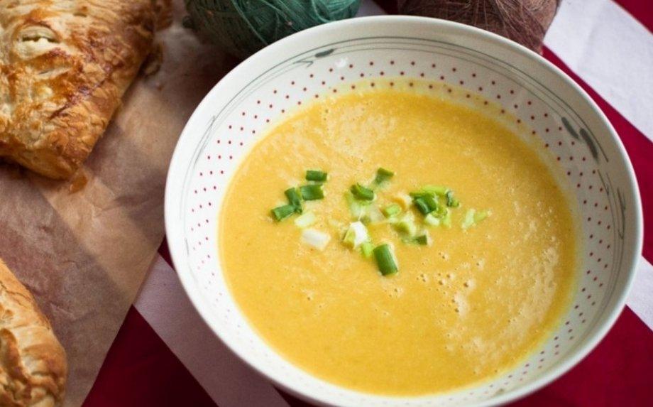 Trinta bulvių ir salierų sriuba - jauki ir su�ildanti