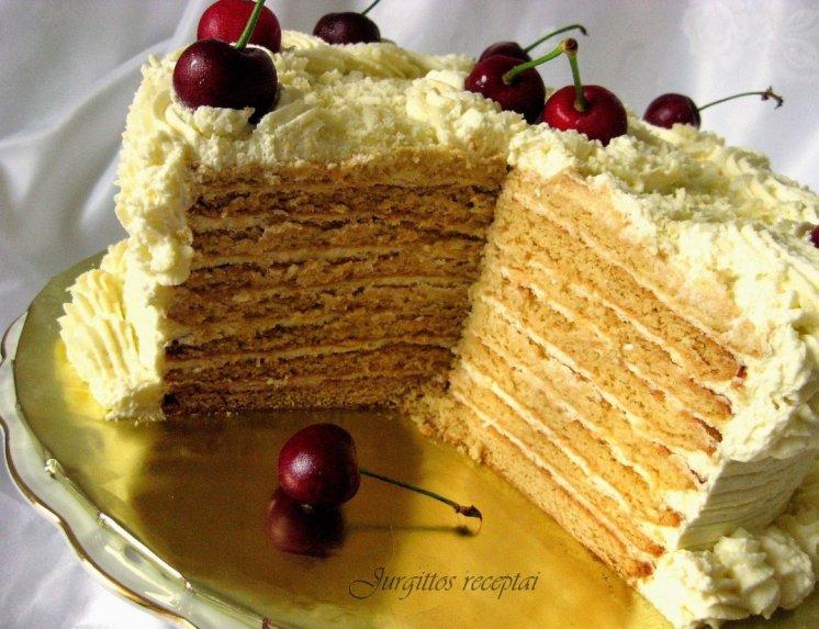 Nuostabus medaus tortas su kondensuoto pieno kremu