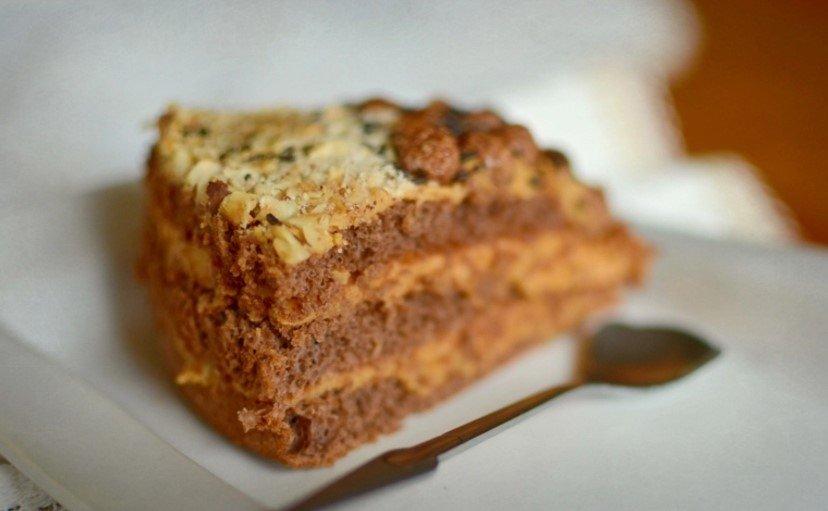 Žavingai paprastas ir be galo skanus karamelinis - šokoladinis maskarponės tortas