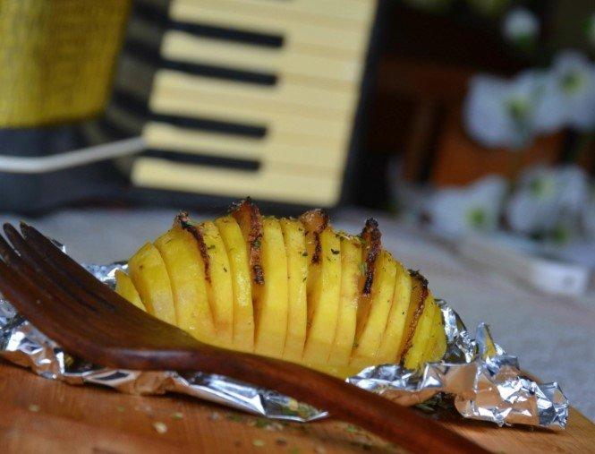 Gardžios bulvių armonikos su šonine