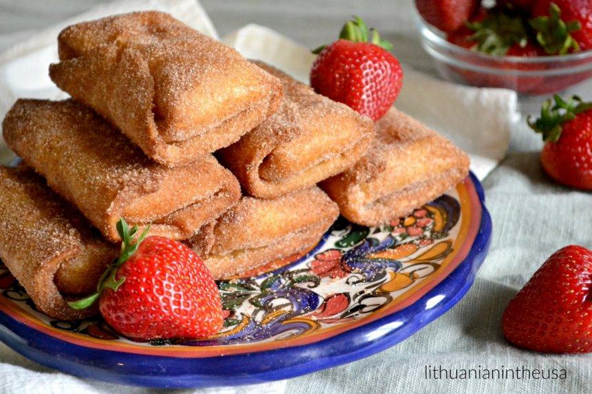 Čimičangos tortilijų pyragėliai