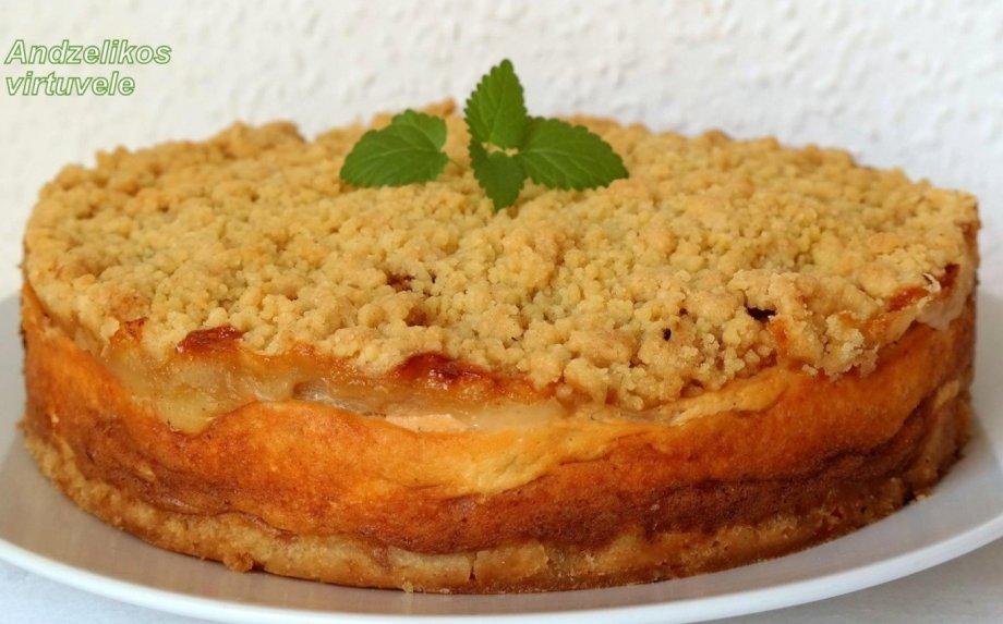 Trupininis varškės ir obuolių pyragas