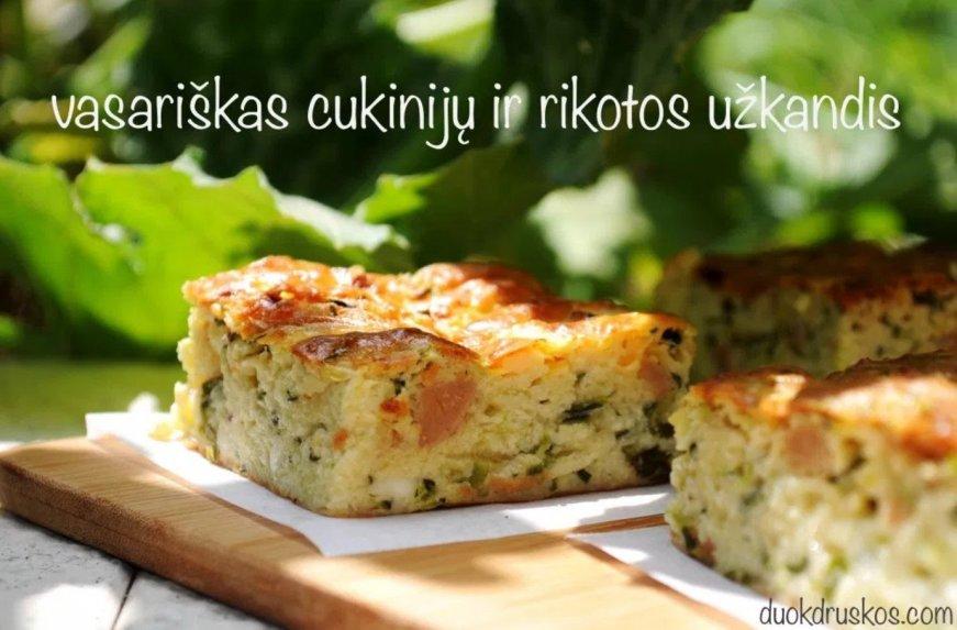 Vasariškas cukinijų ir rikotos sūrio pyragas