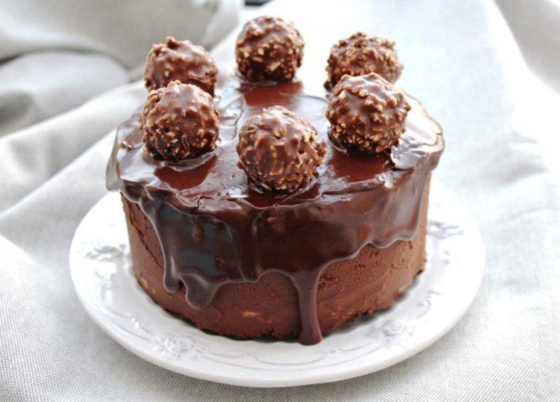 Šokoladinis tortas Ferrero Rocher