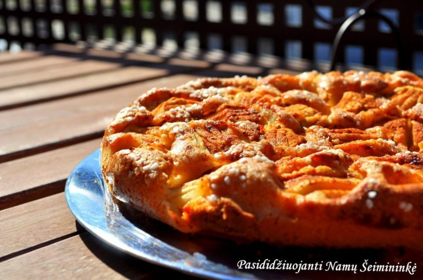 Daivos firminis obuolių pyragas