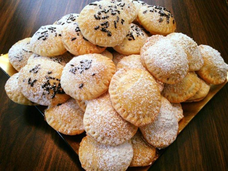 Grietininiai sausainiai su obuolių uogiene