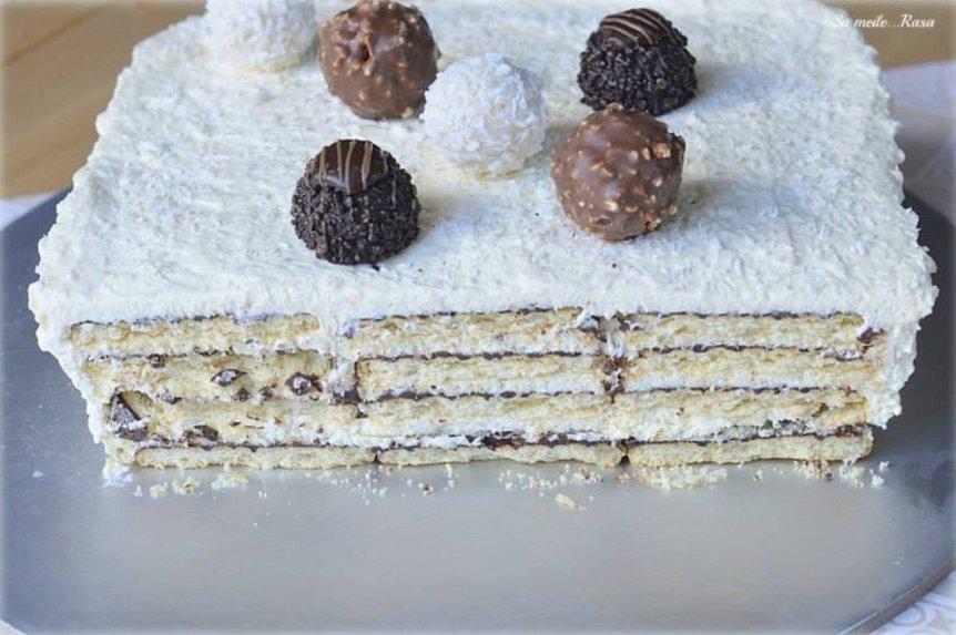 Nekeptas kokosinis sausainių tortas su grietinėlės kremu