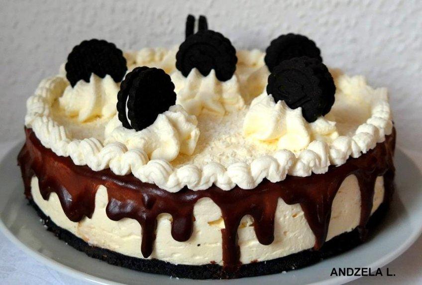Nekeptas Oreo tortas su kremu