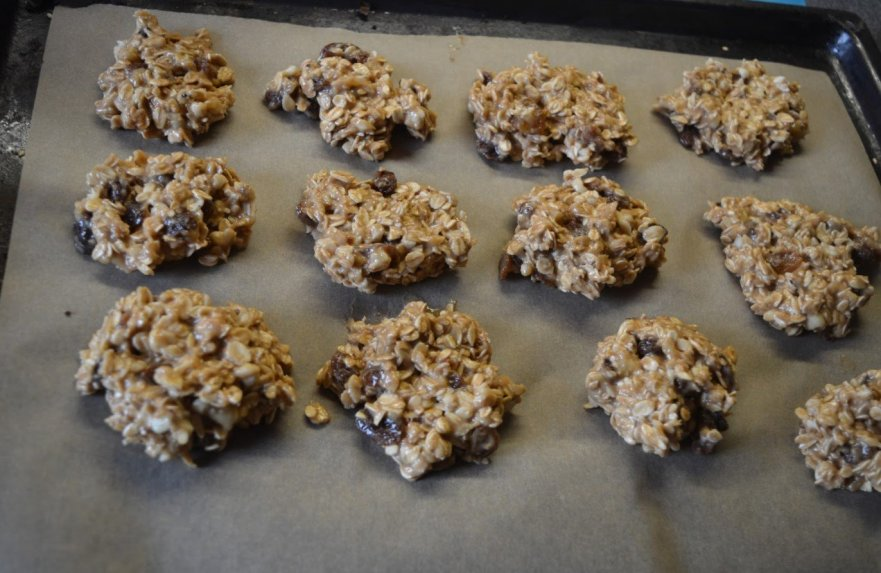 Avižiniai sausainiai be cukraus, miltų ir kiaušinių