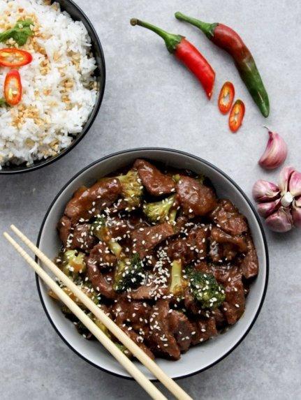 Kiniška kinietiška jautiena su brokoliais