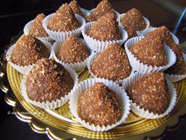 Karameliniai sausainių triufeliai