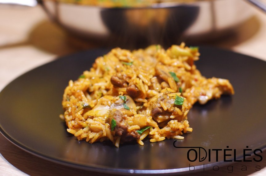 Vištienos ir ryžių troškinys orkaitėje