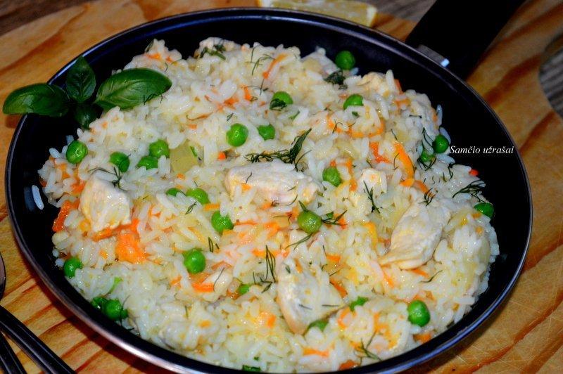 Greitas vištienos ir ryžių troškinys