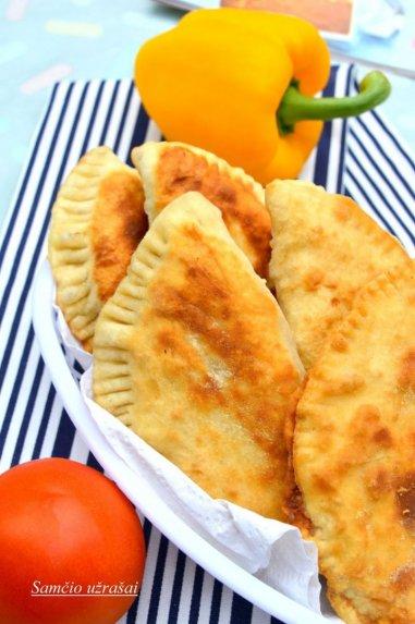 Empanados pyragėliai su mėsa