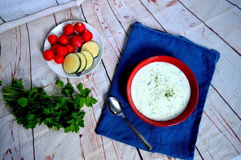 Šalta cukinijų ir agurkų sriuba