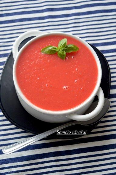 Trinta burokėlių ir paprikų sriuba