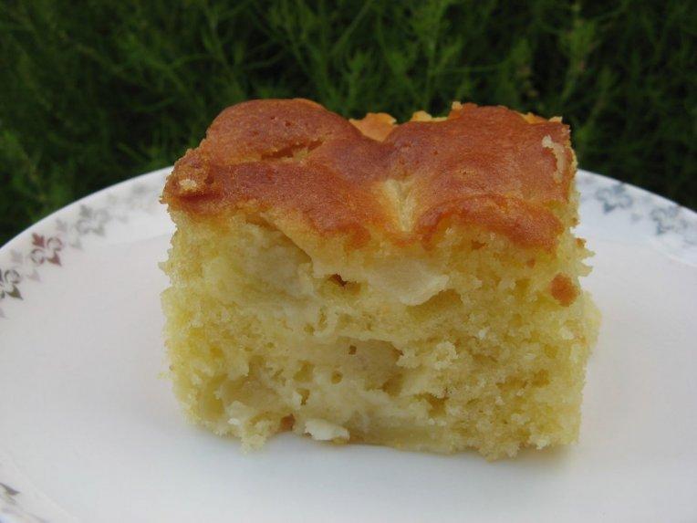 Senelės obuolių pyragas