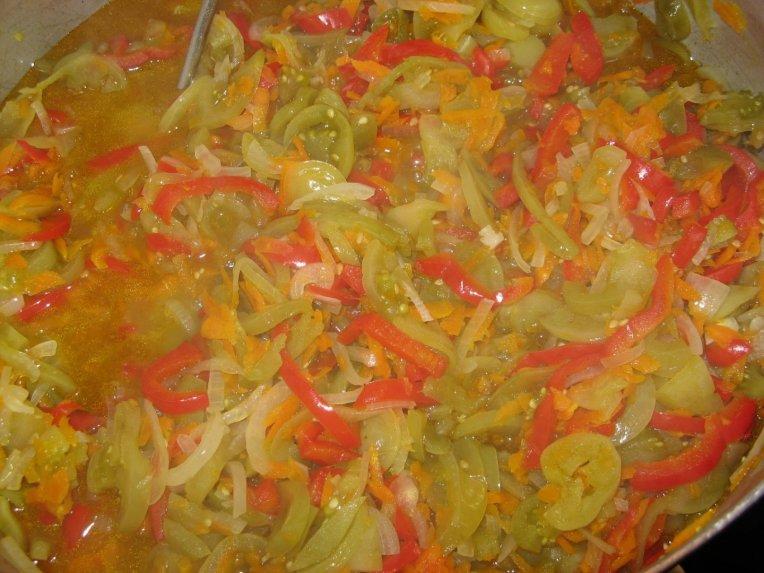 Žalių pomidorų mišrainė salotos žiemai