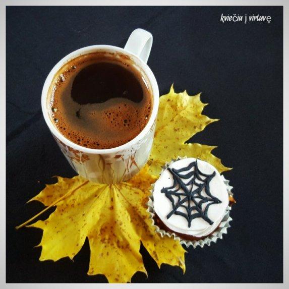 Moliūgo keksiukai Helovinui