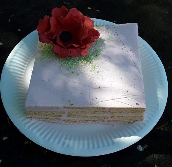 Nekeptas kisieliaus sausainių tortas pyragas