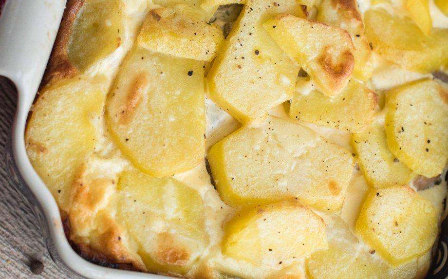 Skandinaviškas bulvių apkepas su silke