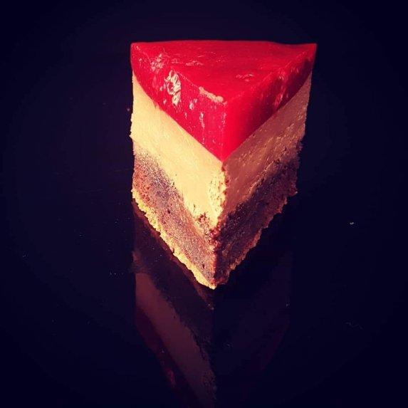 Šokoladinis varškės burokėlių tortas