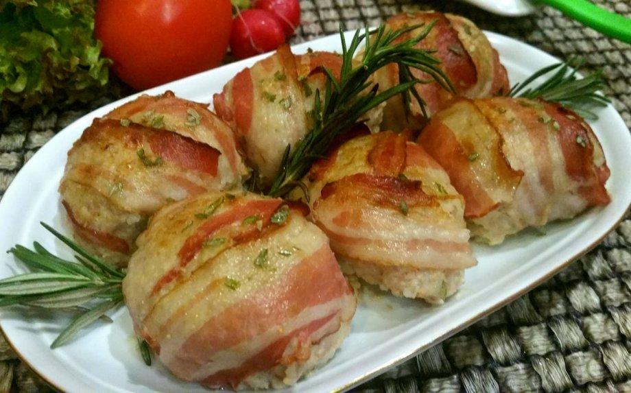 Mėsos kukuliai su ryžiais ir šonine orkaitėje
