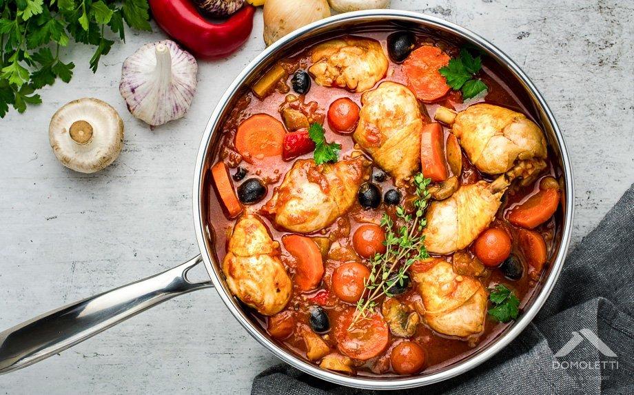 Itališkas pomidorinis vištienos troškinys Cocciatore